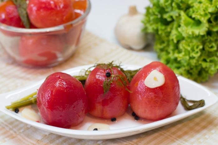 Малосольные помидоры, быстро за два дня