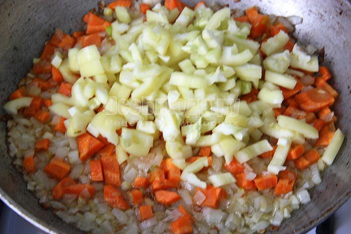 жарю овощи