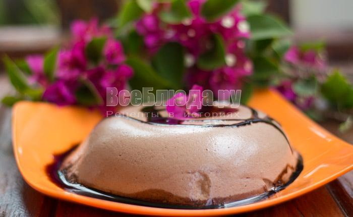 Десерт из взбитых яичных белков в микроволновке (Плавучий Остров) - рецепт с фото