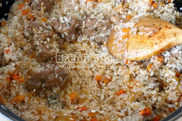 обжарить рис с телятиной