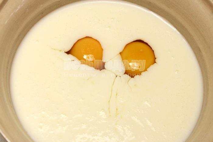 Смешали яйца с кефиром