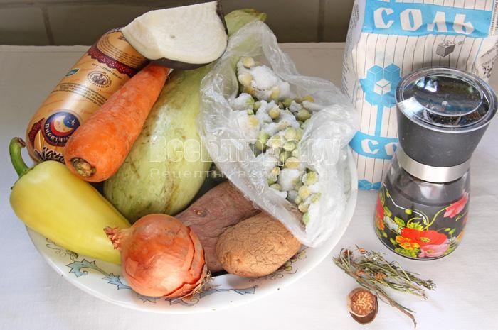 ингредиенты для сырного супа с овощами