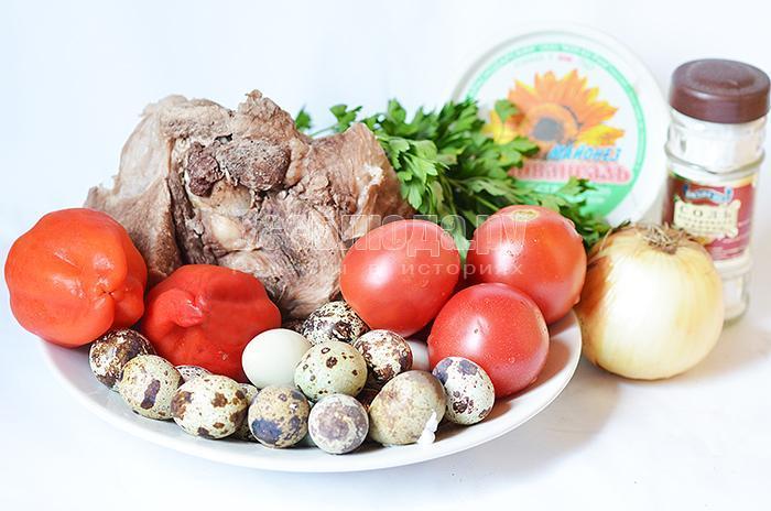 необходимые ингредиенты рецепта салата со свининой: