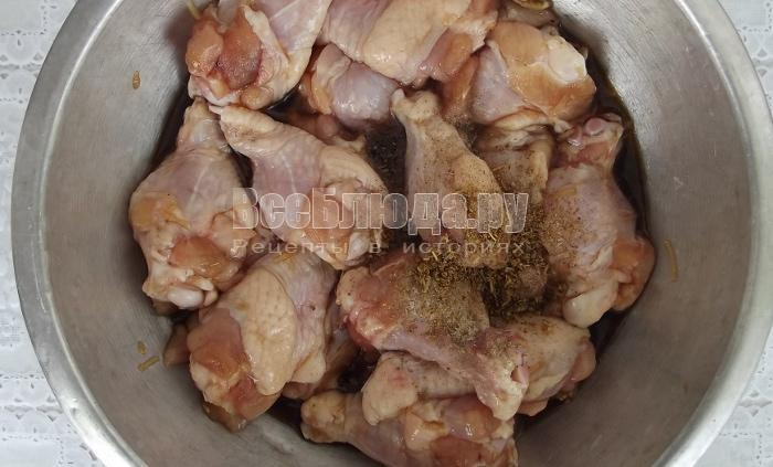 Куриные крылья в соевом соусе с медом