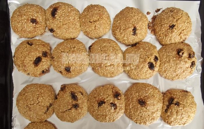 Рецепт печенья с кунжутом и овсянкой