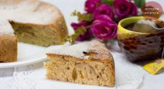Волшебная шарлотка с яблоками - рецепт из маминой тетради