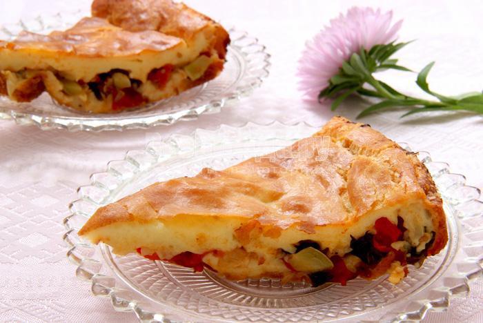 кусочки пирога с овощами