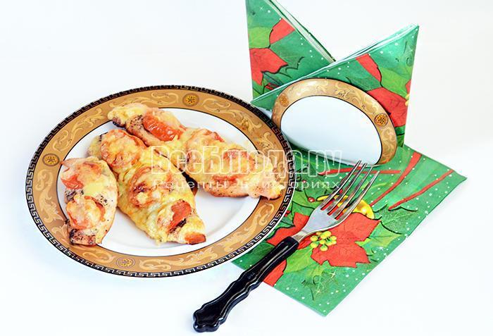 запеченное филе с помидорами и сыром