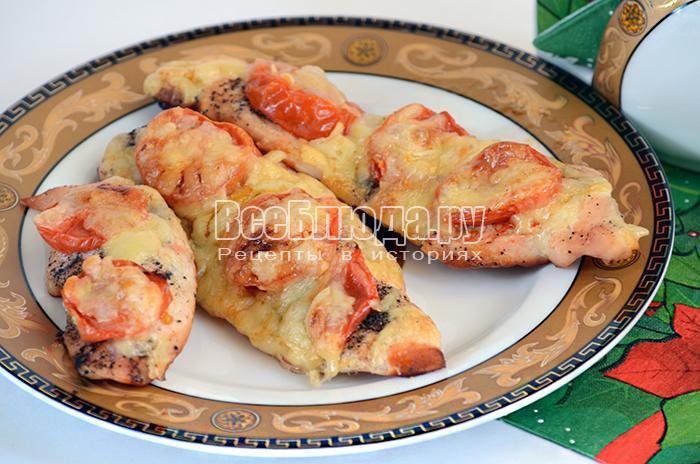 Куриное филе с сыром и помидором на сковороде рецепт