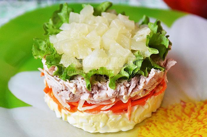 салата - корейская морковка, свинина, яйца