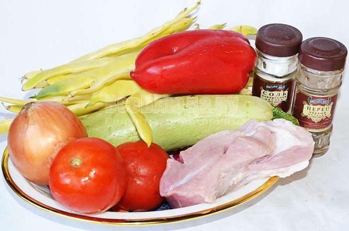 необходимые ингредиенты для овощного рагу со свининой: