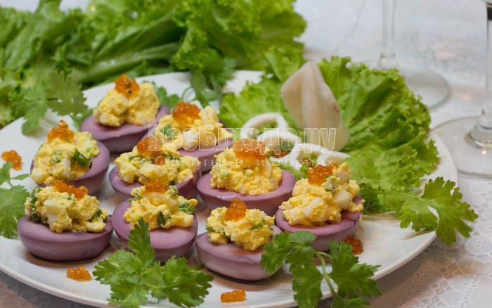 рецепт фаршированных яиц с кальмаром