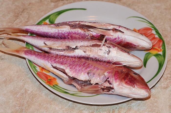 выньте потроха из рыбы