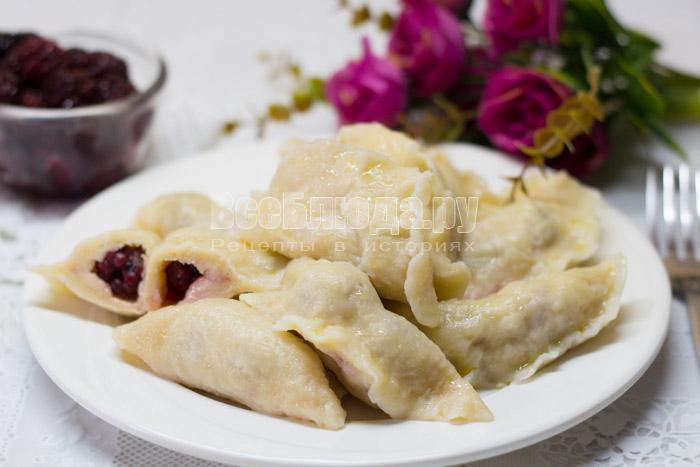 рецепт теста на кефире для вареников с ягодами
