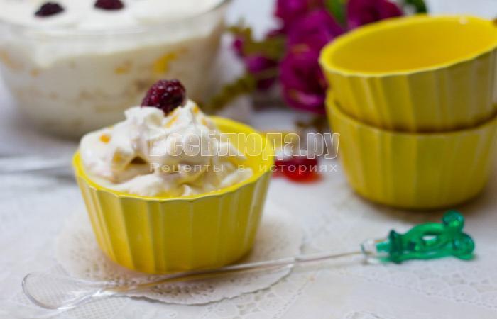 рецепт фруктового салата со сливками и сахаром