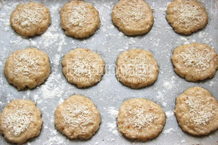 выпекать печенье на рассоле в духовке