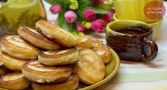 Рецепт пышных оладий на кефире