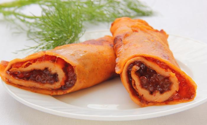 Блины на томатном соке закусочные, с красной икрой