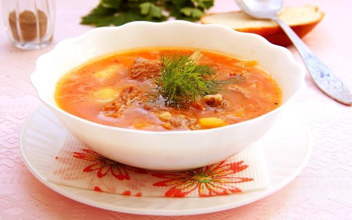 Гуляш с индейкой или венгерский густой суп