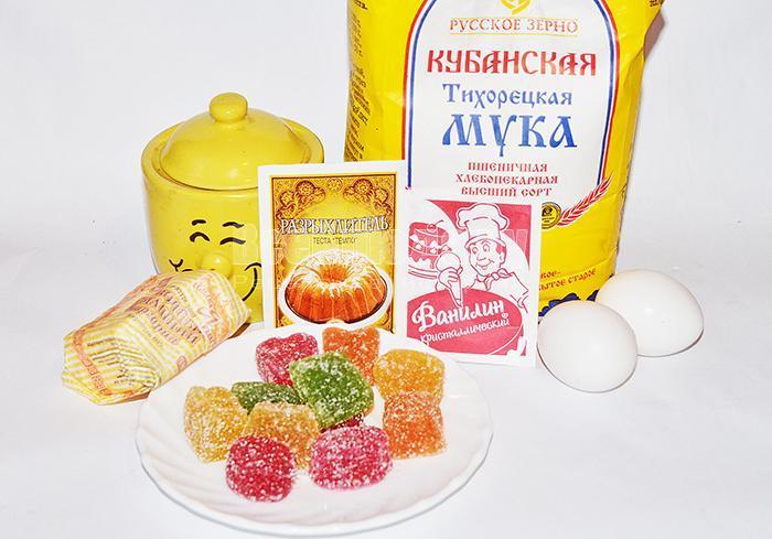 необходимые ингредиенты для пирога с мармеладом: