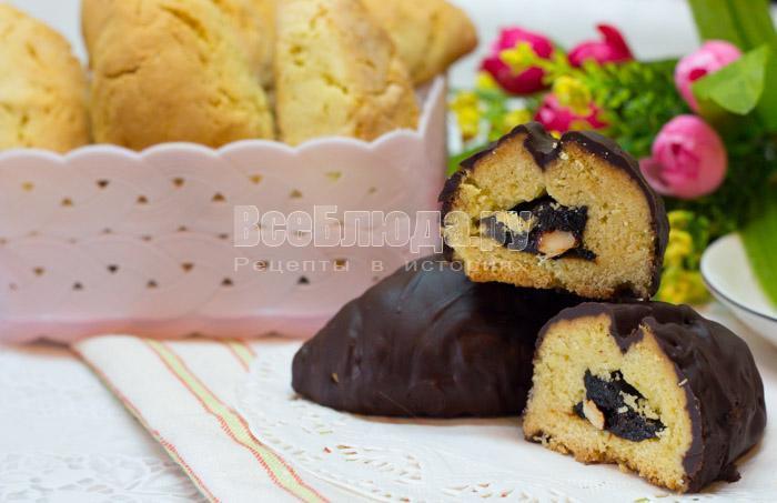 шоколадное печенье с черносливом и орехами