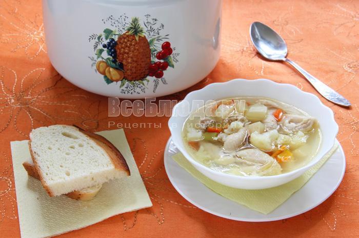 Суп овощной наваристый без крупы на бульоне из куриных шкурок