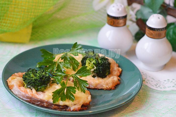 как приготовить запеченную форель с брокколи