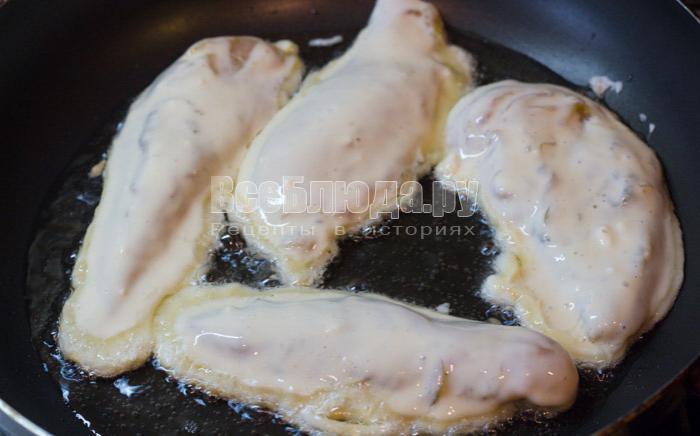 обжарить куриное филе в кляре