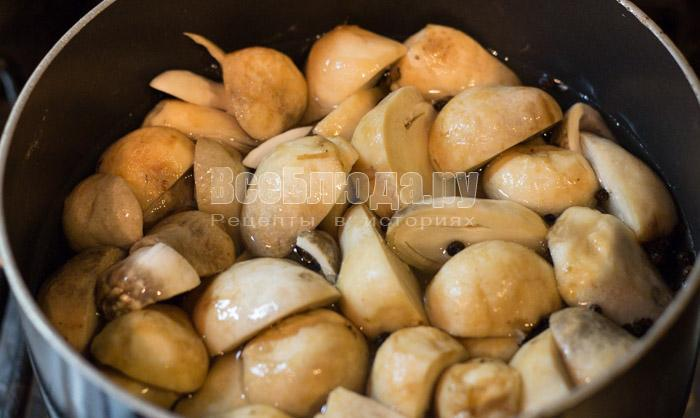 проварить грибы