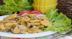 Клецки сердечки из тыквенного теста в сливочно-грибном соусе