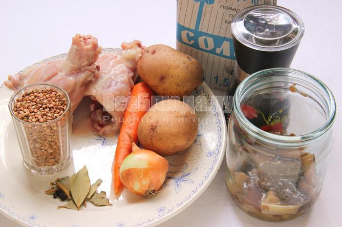 продукты для гречневого супа с грибочками